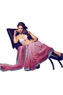 Embroidered Designer Fancy Style Saree Look Stunnig